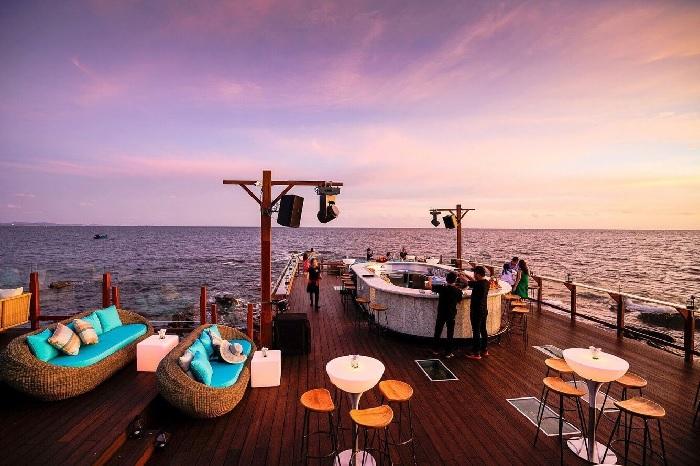 Resort Sunset Sanato Beach Club